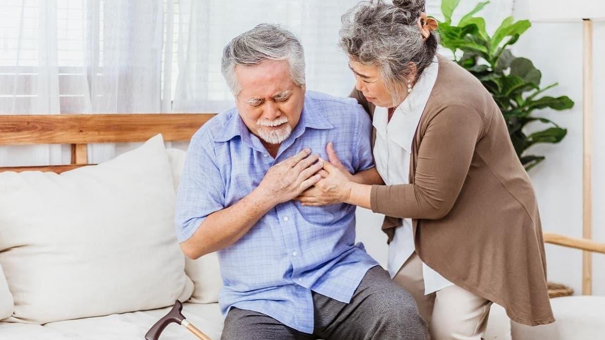 Các bệnh lý nềnkhiếnCOVID-19dễ tấn công cơ thể là gì?