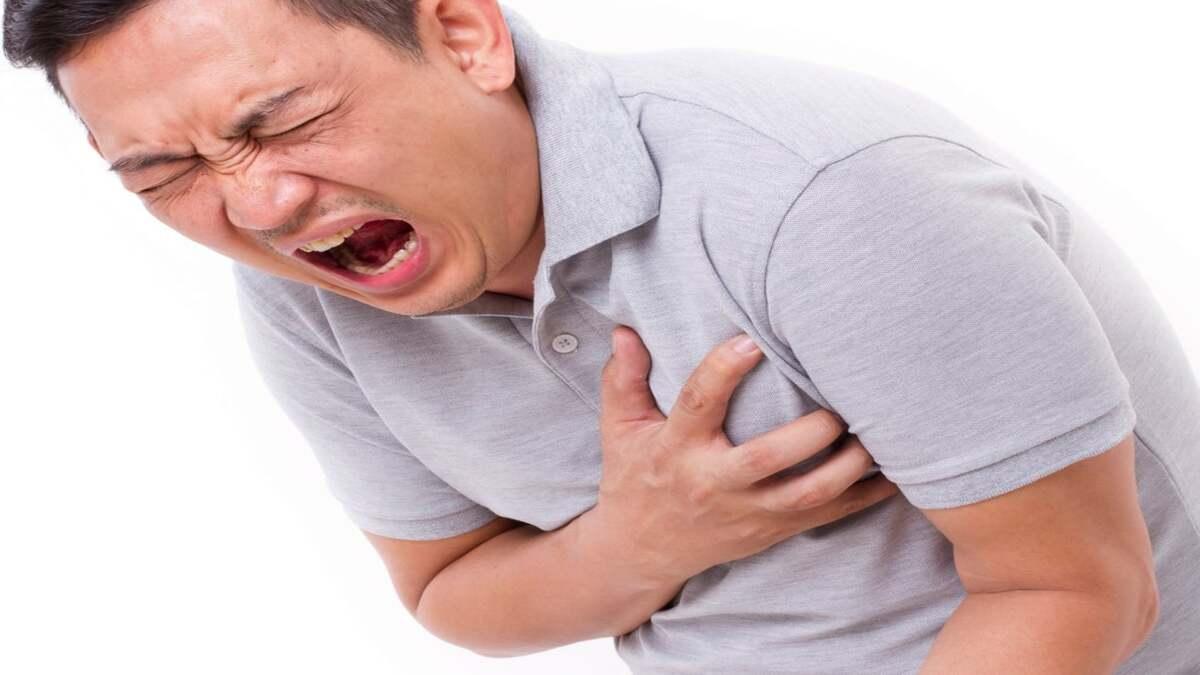 Nhồi máu cơ tim triệu chứng sẽ ra sao?