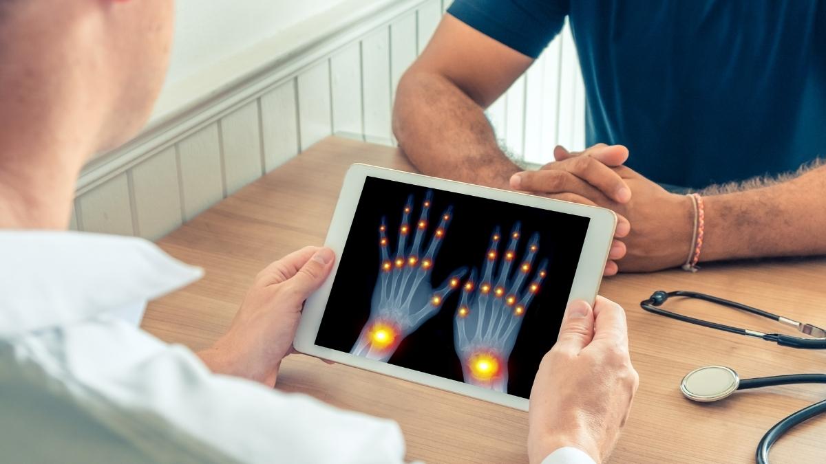Tại sao bị đau nhức xương khớp và 3 cách phòng bệnh