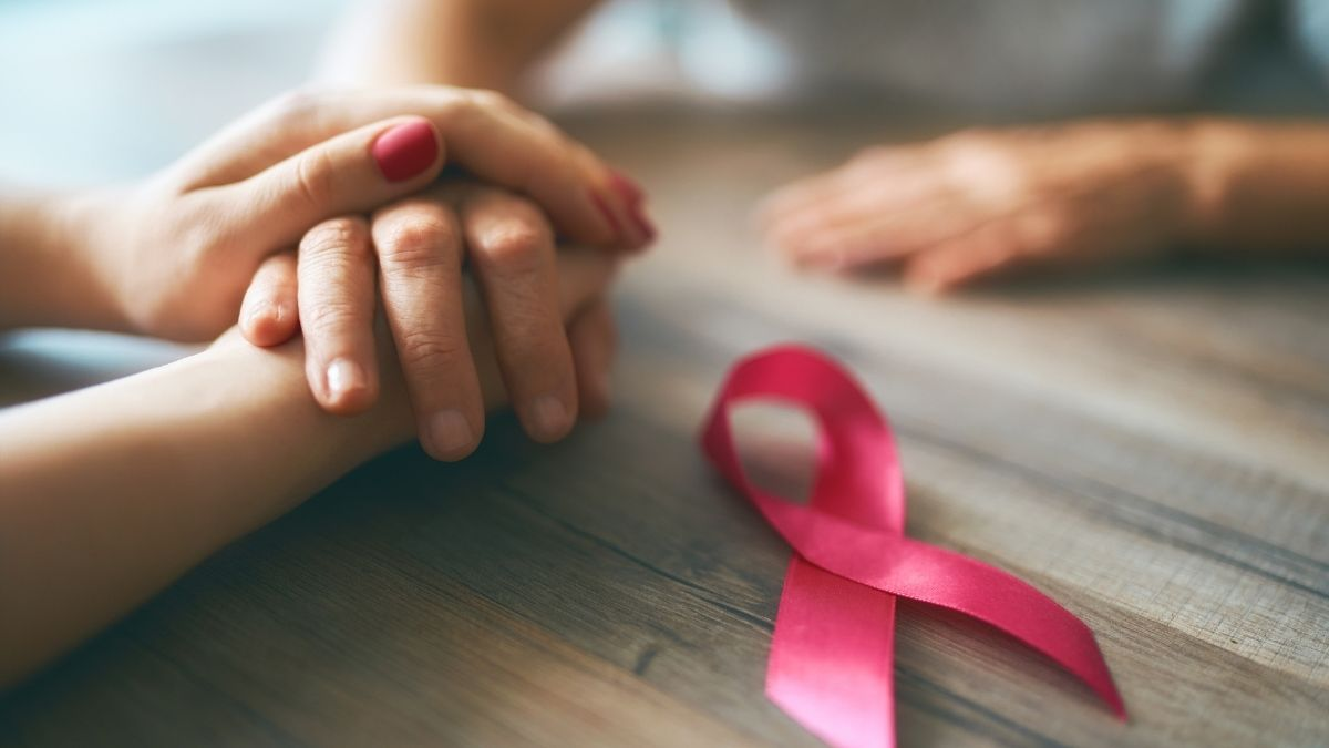 Ung thư có lây không và có chữa được không?