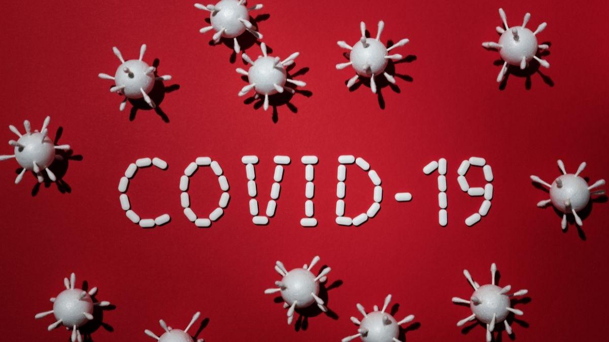 Đại dịch COVID-19 và 3 triệu chứng của COVID-19